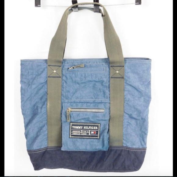 b200d75cb Tommy Hilfiger Vintage Blue Canvas Weekend bag. M_5b16d4792e1478885fd8fbfb